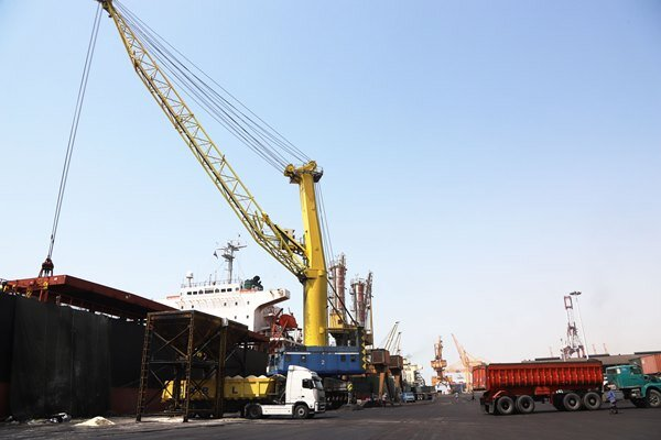 ۴ وظیفه جدید گمرک برای توسعه صادرات غیر نفتی