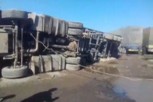 گمرک ایران ۲۰۰۰ کامیون را از انفجار نجات داد
