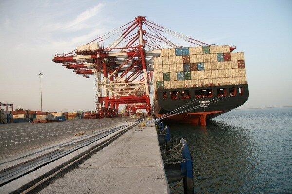 تراز تجاری کشور تا نیمه آذر ماه منفی دو میلیارد دلار است