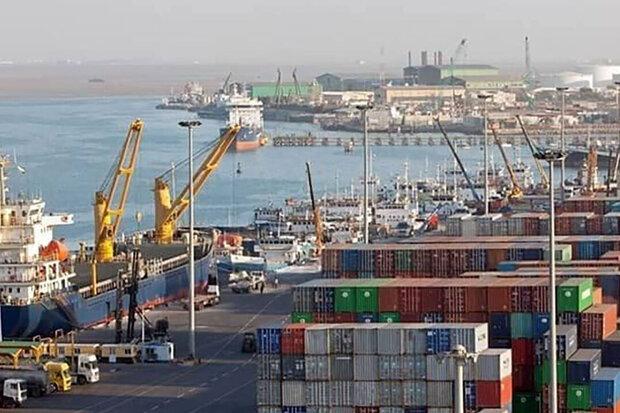 پهلوگیری ۵ کشتی کالای اساسی تا پایان مرداد در بندرشهید رجایی